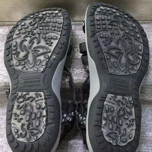 Skechers Shoes - Sketcher woman's size 6 sandal